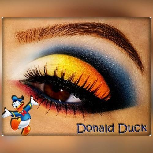 donald-duck-inspired-look_look_84c5aa4664f95958a0802e5e258e5d59_look