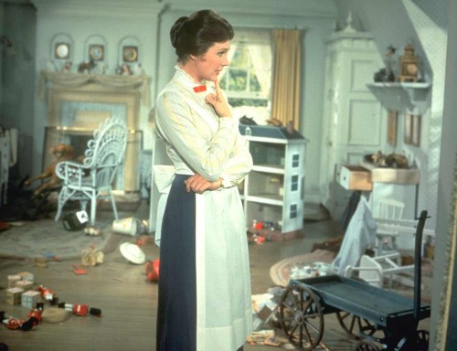 Mary-Poppins-assessing-the-nursery