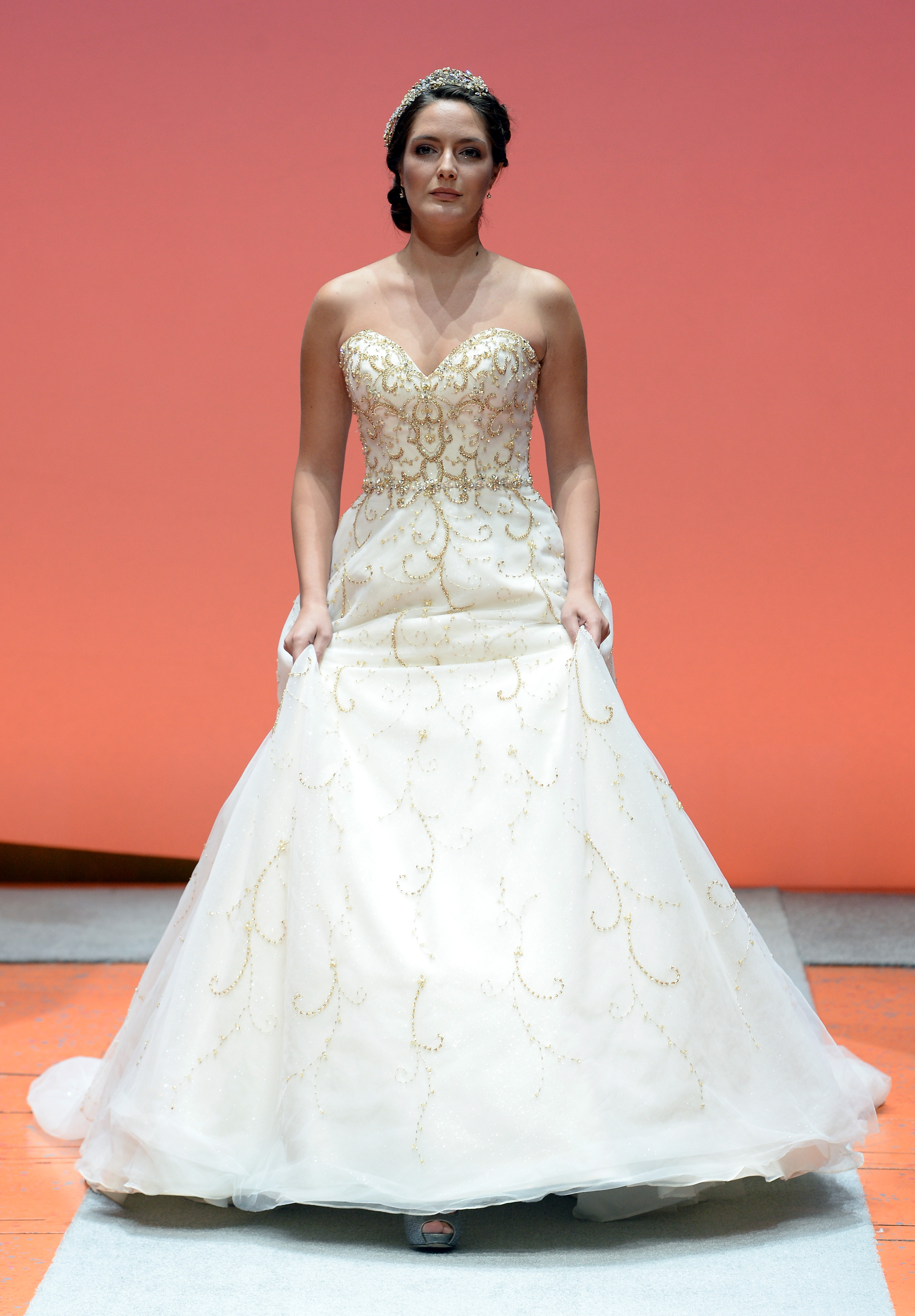 Wunderbar Alfred Angelo Brautjungfer Kleid Fotos - Brautkleider ...