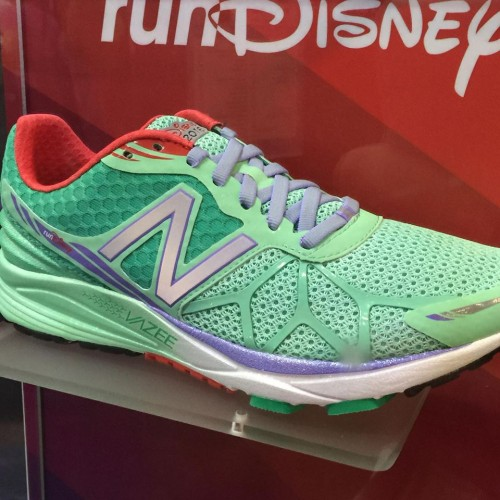 2016 rundisney new balance ariel