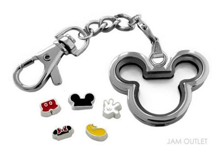 2016-04-11 00_53_07-Amazon.com_ Mickey Minnie Living Memory Glass Locket Key Chain _ Key Ring w_ 5 D