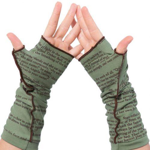 peter-pan-writing-gloves-2